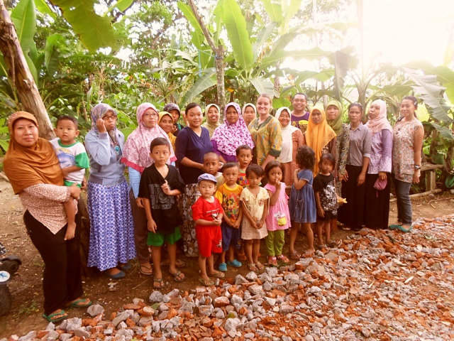 Sophia and members of the learning centre in Kulon Progo