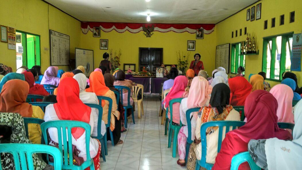 Sarasehan peringatan Kartini 21 April, ft Purwanti