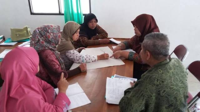 Pelatihan Penyusunan Naskah Hukum Pencegahan Trafficking Di Kokap, Kulon Progo. Foto: Astriani