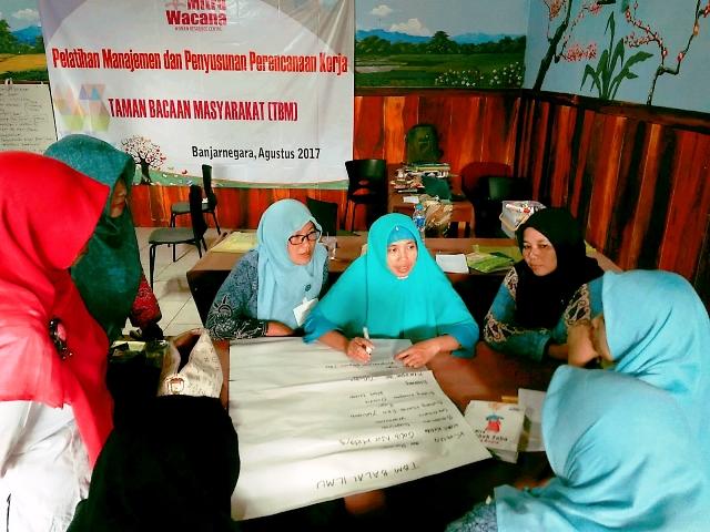 Pelatihan Manajemen TBM Banjarnegara Jawa Tengah. Foto WahyuTnt
