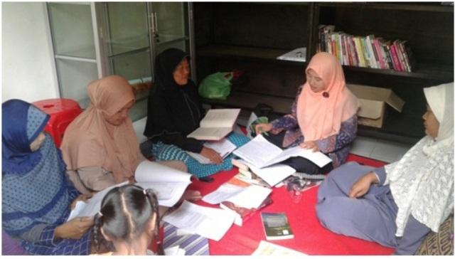 Dokumentasi pertemuan rutin P3A Lentera Hati