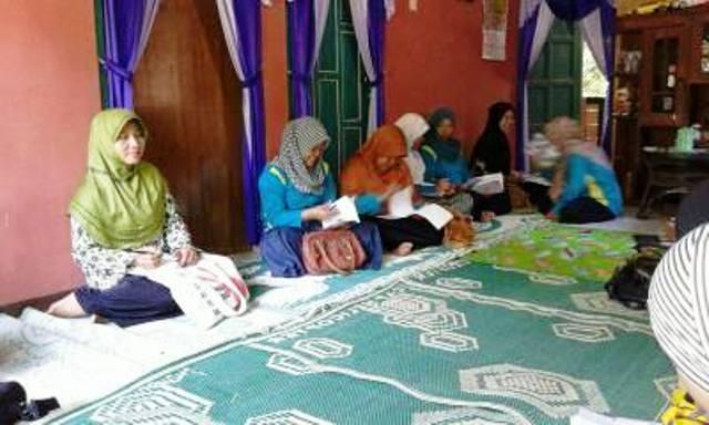 pertemuan rutin women care februari 2016