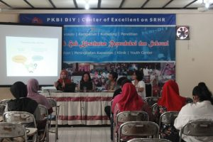 Diskusi Refleksi Hari Kartini ft Waton