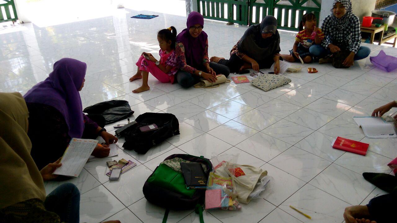 Pertemuan rutin organisasi Sekar Melati, Hargorejo, Kulon Progo. Foto Septy
