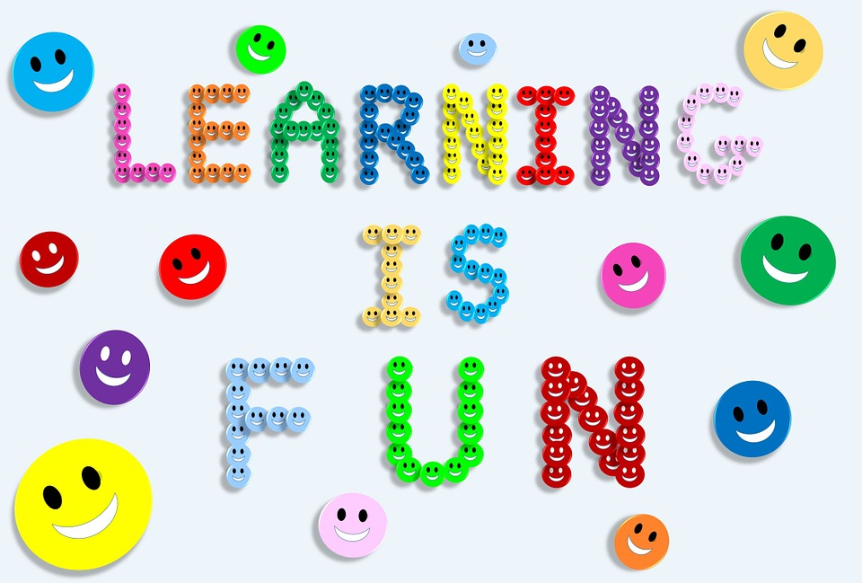 Belajar itu menyenangkan. Sumber gambar: https://pixabay.com